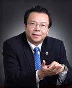 中国华融资产管理股份有限公司董事长赖